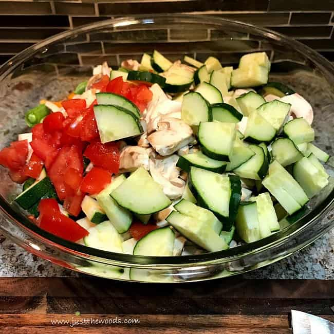 cut veggies, garden salad recipe, easy salad
