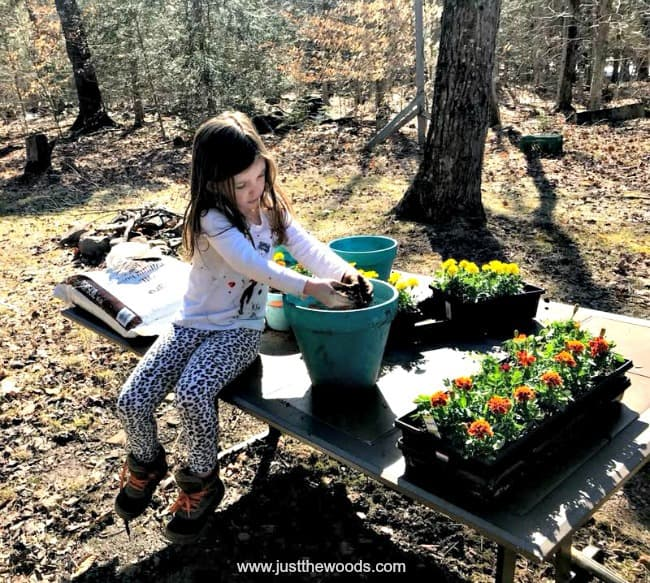 gardening kids, diy bug repellent