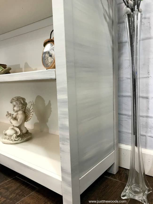 neutral gray and cream painted furniture, gray and cream painted bookcase, best primer for laminate furniture