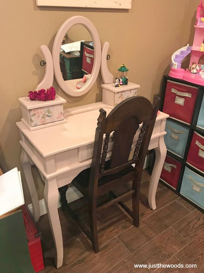 little girls vanity makeover, kids wooden vanity, pink painted vanity