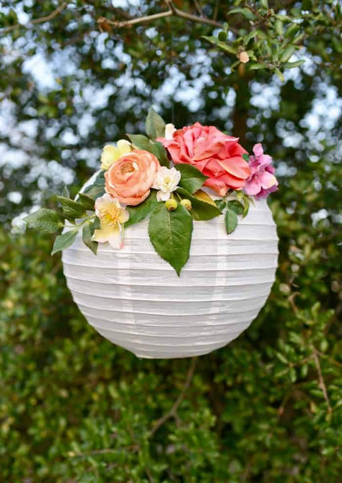 DIY Lanterns, paper lantern with flowers, hanging lanterns, how to make paper lanterns,