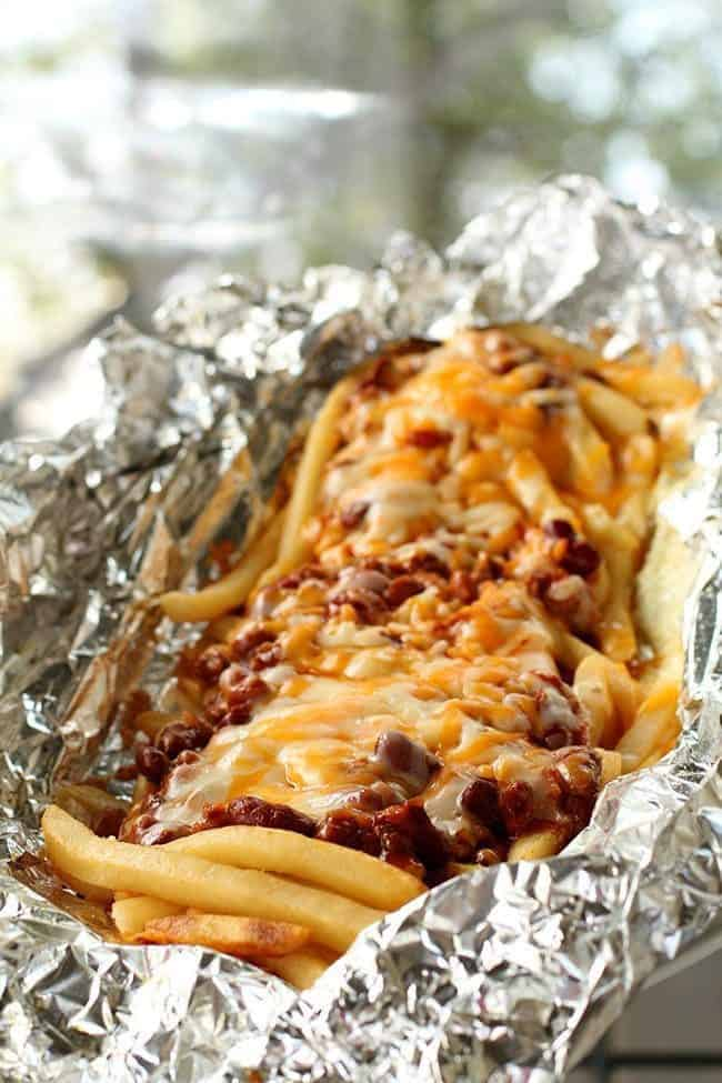 camping chili cheese fries, Campfire Dinner Recipes, cheese fries, fun camping food, food to cook when camping