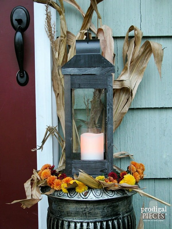 DIY Lanterns, rustic lanterns, wooden lantern, one board lantern project
