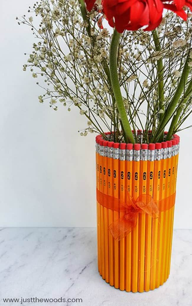 DIY Teacher Gifts, end of year teacher gifts, pencil vase, unique gifts for teachers