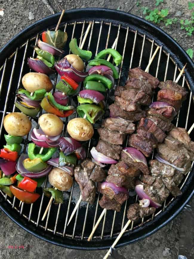 beef kabob marinade, Campfire Dinner Recipes, easy camping food ideas, meat on a stick
