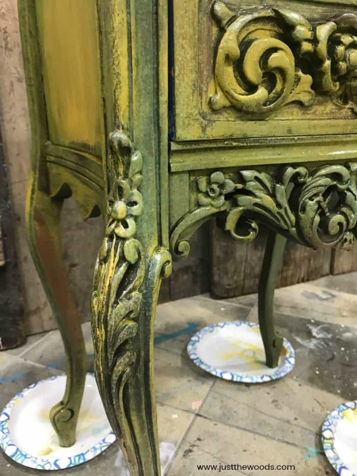 yellow painted furniture, yellow painted table, chalk painting table ideas