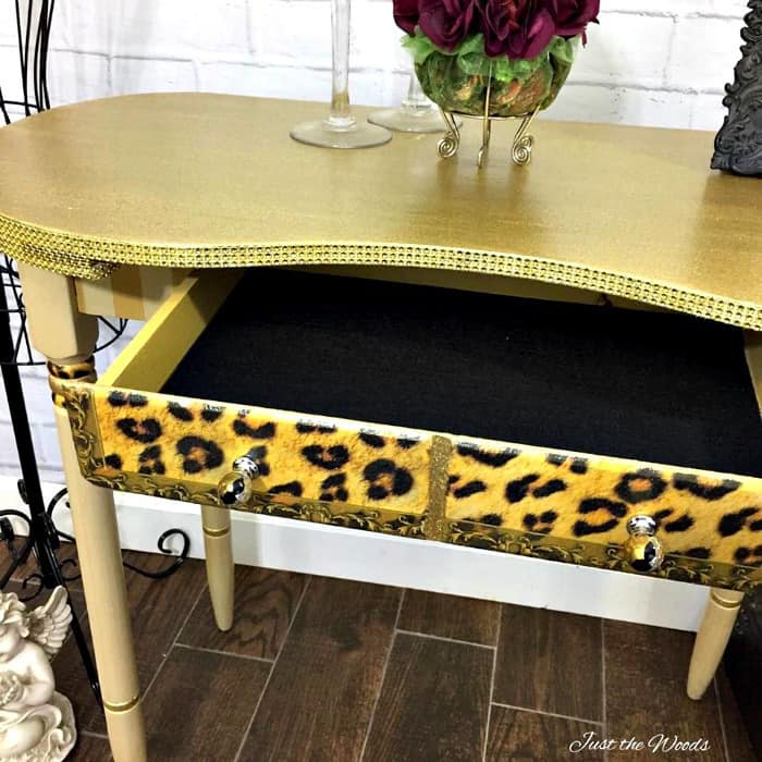 mod podge projects, glitter and glue, mod podge glue, painted furniture, mod podge