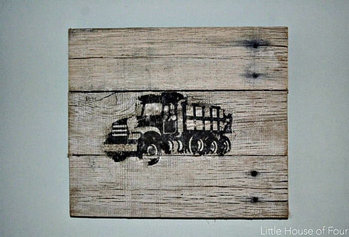 image transfer to wood, transfer image to wood, pallet wood sign, truck image on wood