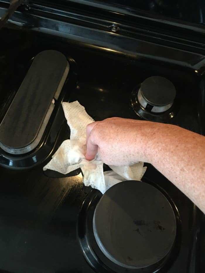 clean stove top, wipe up mess