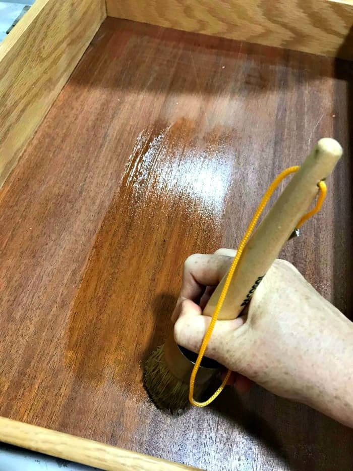 applying lemon verbena, how to apply furniture wax, wax brush, wise owl paint