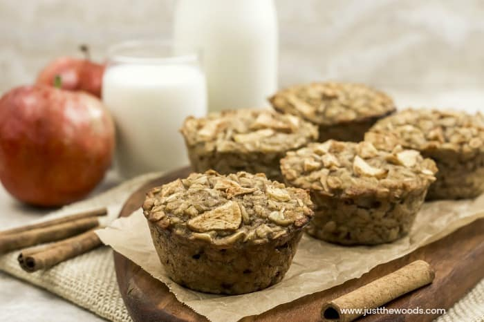 healthy breakfast muffin recipe, apple oatmeal muffins, healthy oat muffins, healthy apple muffins