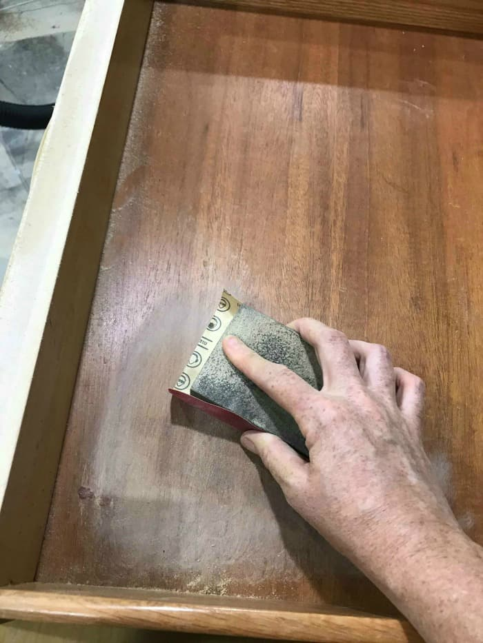 clean wood drawers, sand inside drawers, save drawers old furniture, lemon verbena, furniture salve