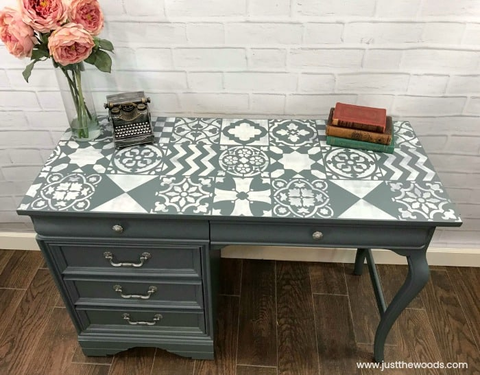 how to paint furniture, painted desk, how to paint a desk, how to stencil furniture