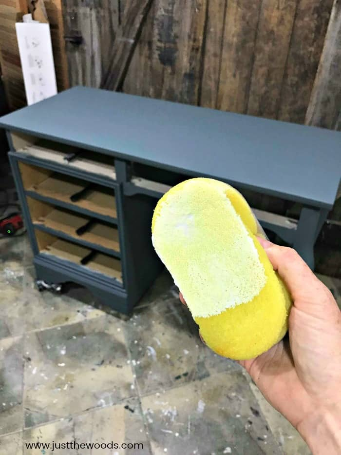 yellow detailer sponge, apply sealer with sponge, clear coat on furniture