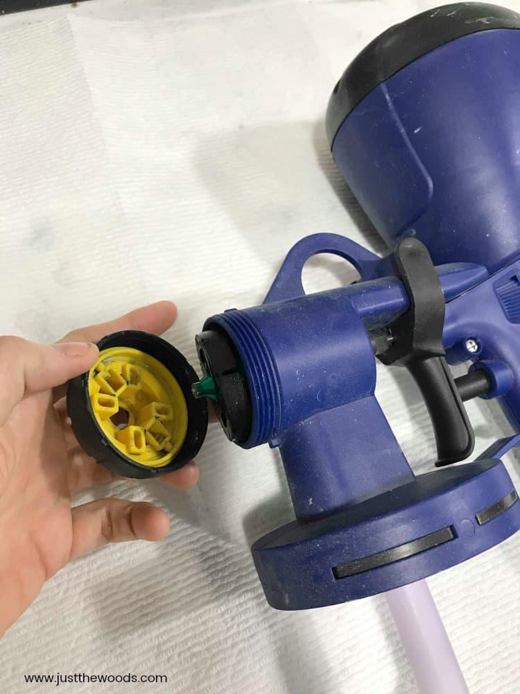 clean spray gun, spray gun nozzle, paint sprayer nozzle, paint sprayer for chalk paint