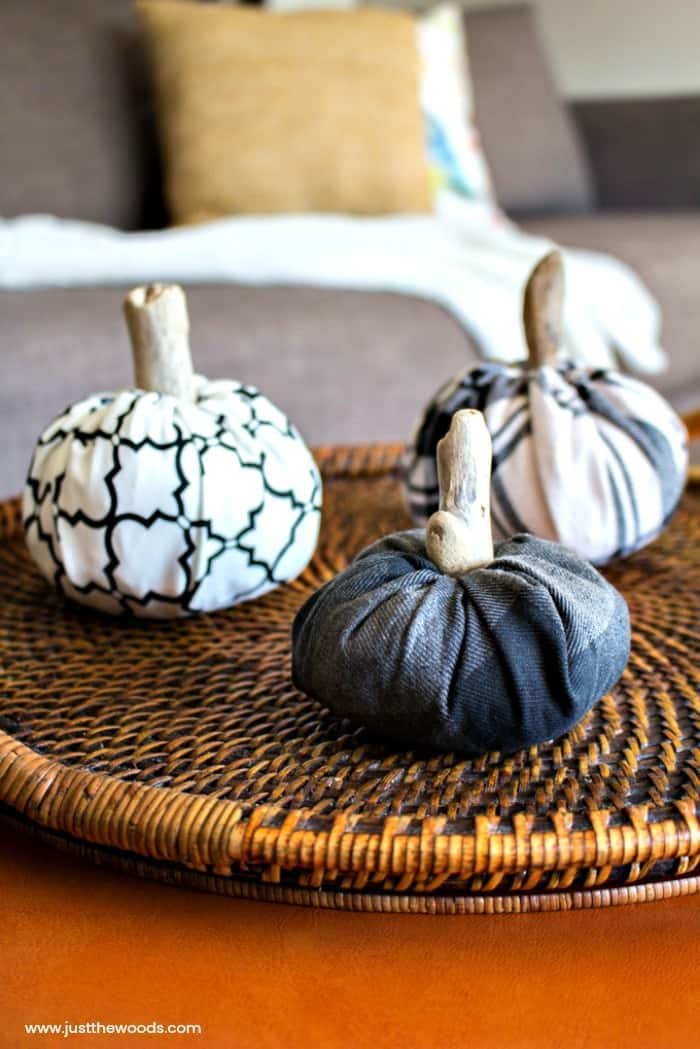 fabric pumpkins tutorial, how to make fabric pumpkins, easy pumpkin craft