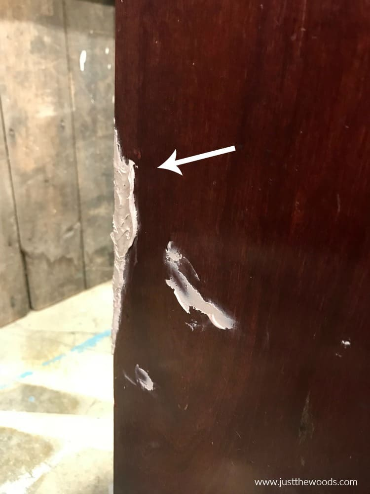 patch missing veneer with bondo, fix missing veneer, fix old furniture with bondo