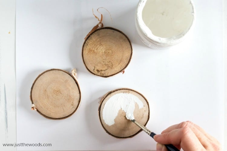 DIY wooden Christmas ornaments, homemade Christmas ornaments, Christmas ornaments ideas
