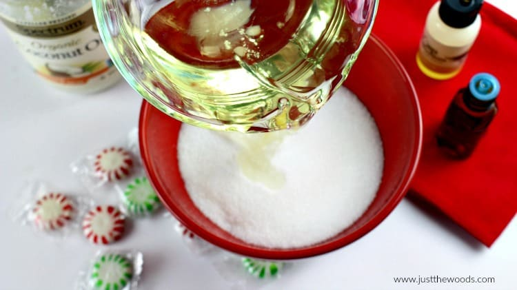 homemade sugar scrub, peppermint sugar scrub recipe, vanilla peppermint scrub