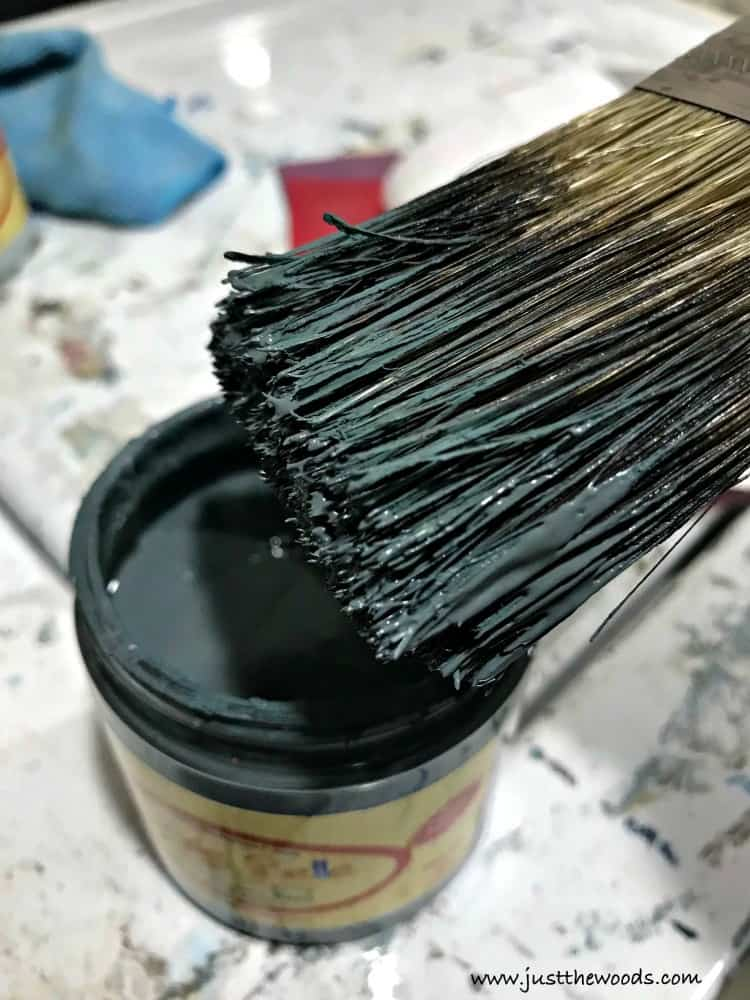 how to dry brush, layering paint, layer paint on furniture, chalk painting furniture