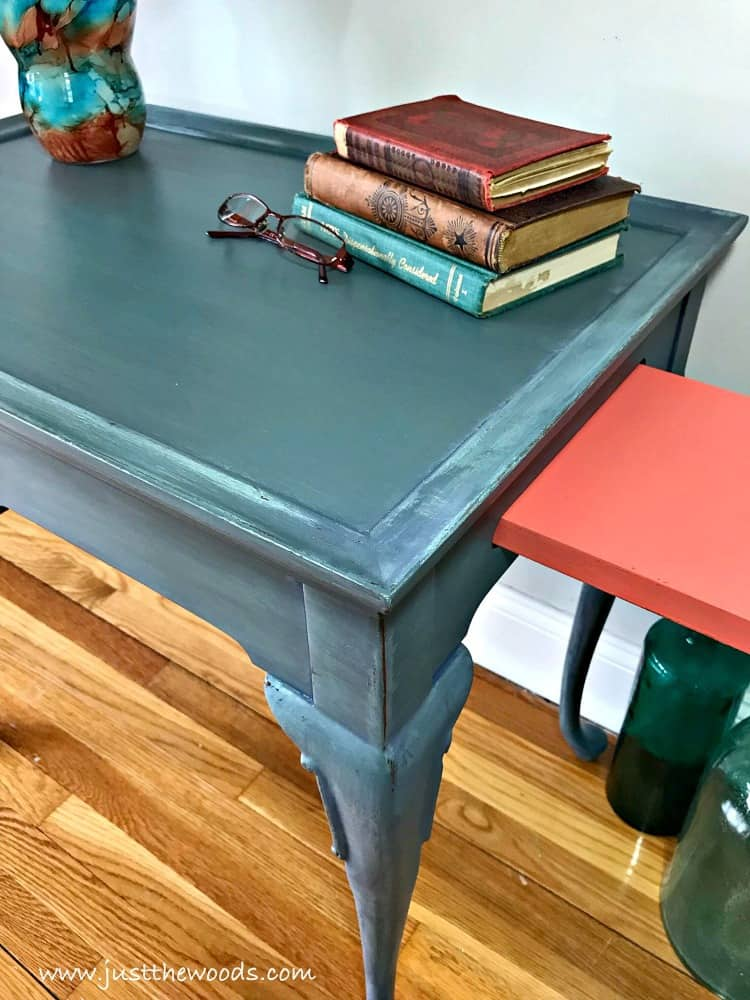 layering paint, how to paint layers, painted furniture, how to paint a table, coastal table