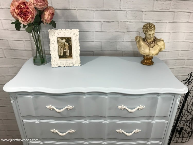 how to paint a dresser, painting old furniture, how to paint furniture, paint wood dresser