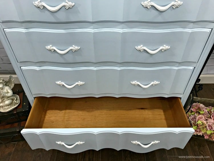 painted dresser, blue painted dresser, white painted hardware, painted dresser ideas, diy dresser
