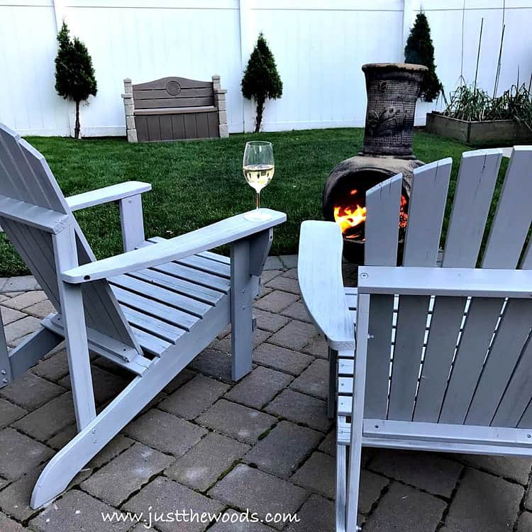 painted chairs, painted adirondack chairs, how to paint a wooden chair