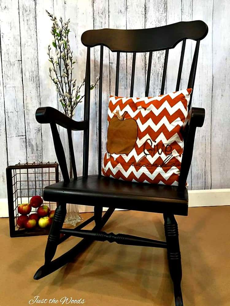 black painted chairs, how to paint chairs, how to paint a wooden chair