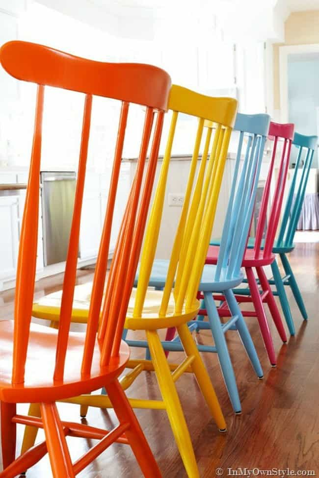 spray paint chairs, painted chairs, colorful painted chairs