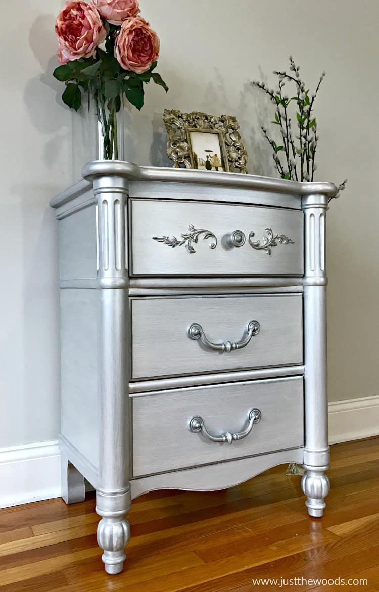 Silver paint for furniture Platinum Duanewingett How To Paint Furniture With The Best Silver Metallic Paint