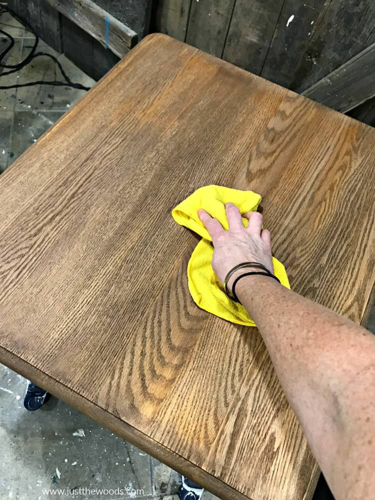 best wood stain, how to stain wood, table refinishing