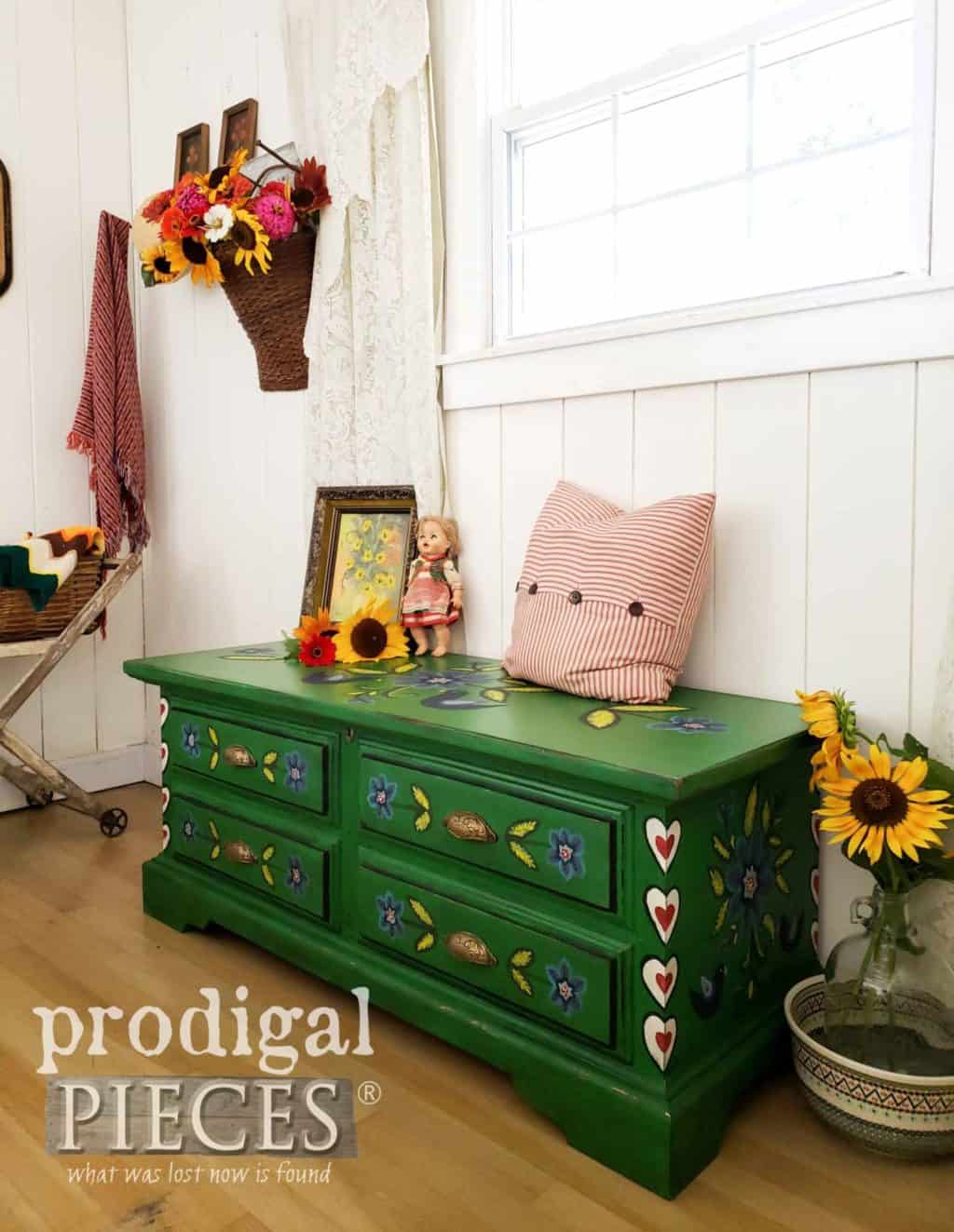 green cedar chest, green painted furniture, green makeover, diy