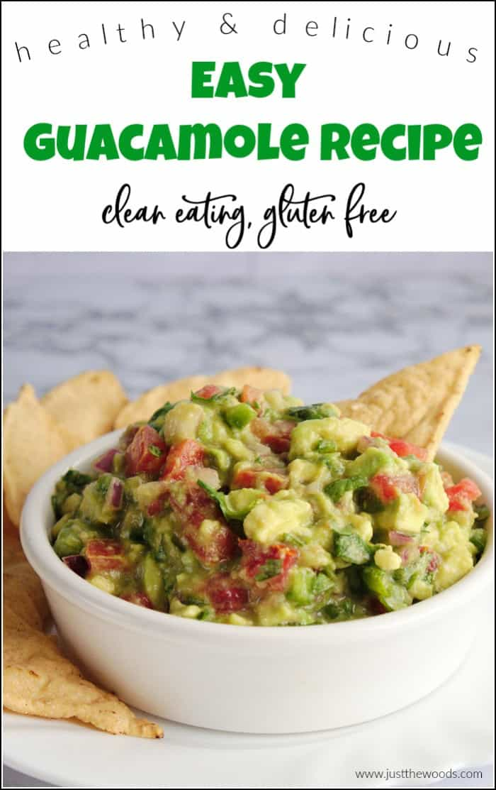 You will love this easy guacamole. This healthy guacamole recipe pairs well with chips, meat or as a side dish. See how to make guacamole for your next meal. #easyguacamole #healthyguacamole #bestguacamolerecipe #guacamolerecipe #guacamoledip