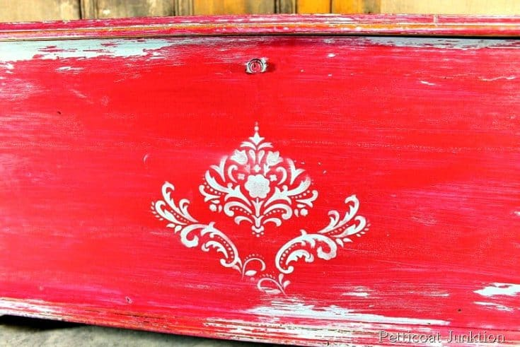 Distress Painted Furniture Using Vaseline | Apply Between Paint Layers