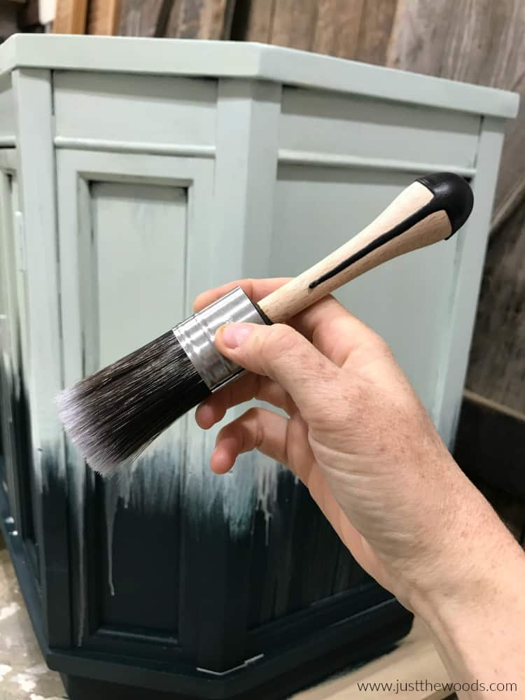 small chalk paint brush, mini cling on brush