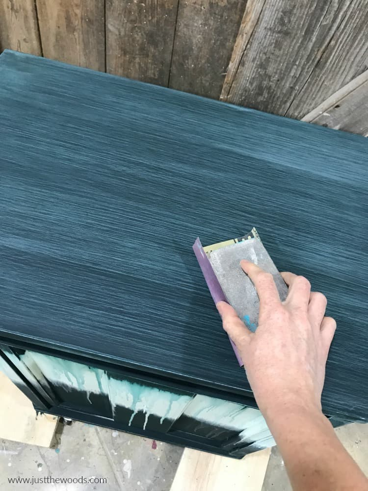 sanding the top of painted furniture, sand green chalk painted furniture