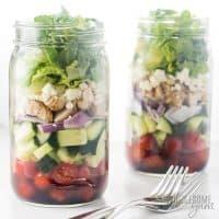 Healthy Low Carb Greek Mason Jar Salad Recipe with Chicken