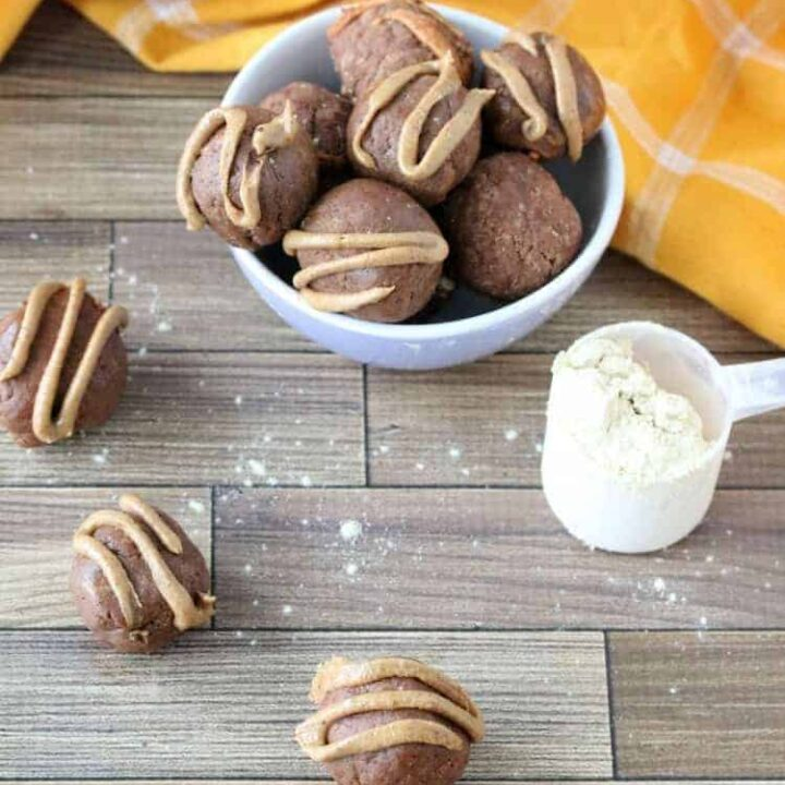 Peanut Butter Energy Balls: a Clean Eating Snack