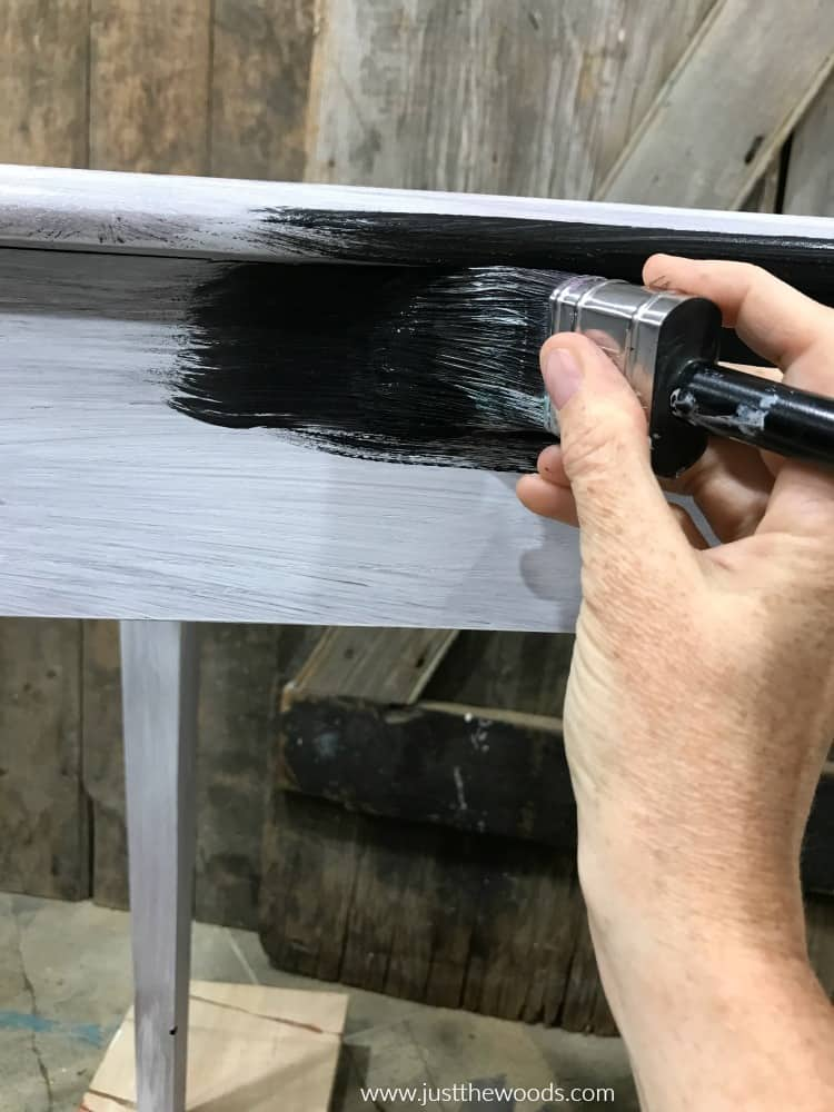 painting black paint on wood, black painting, black chalk painted furniture