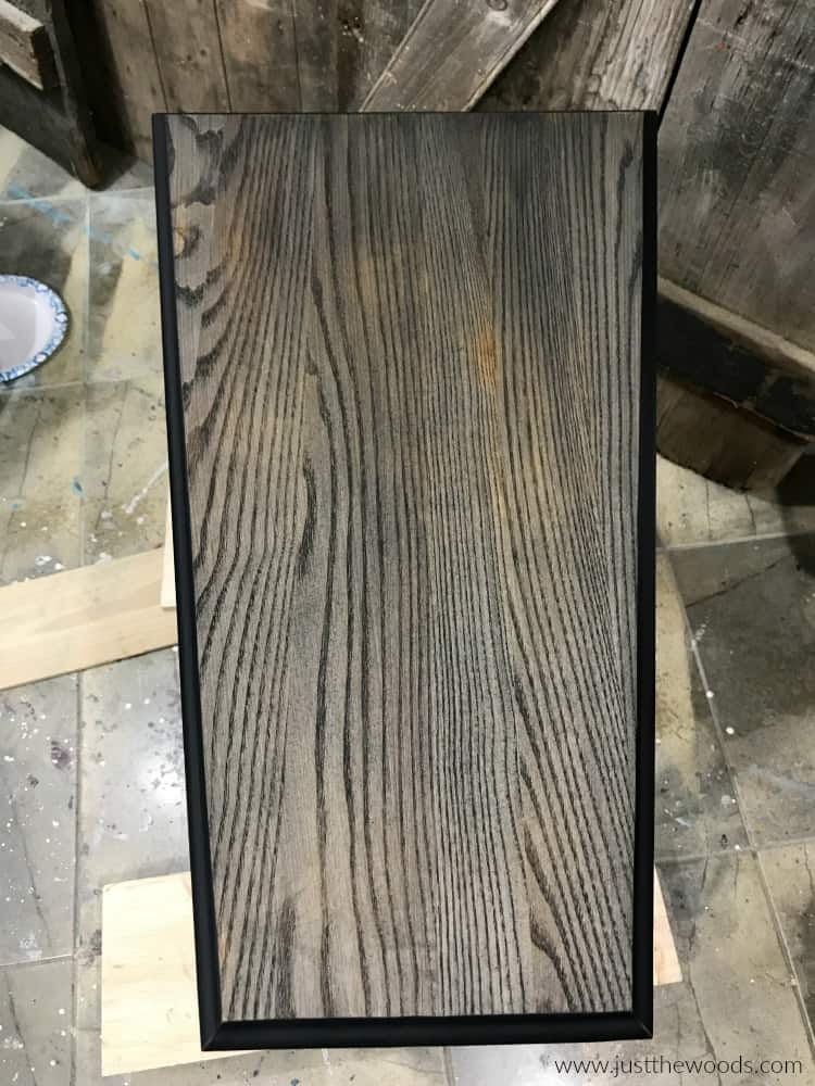 wood grain black stain