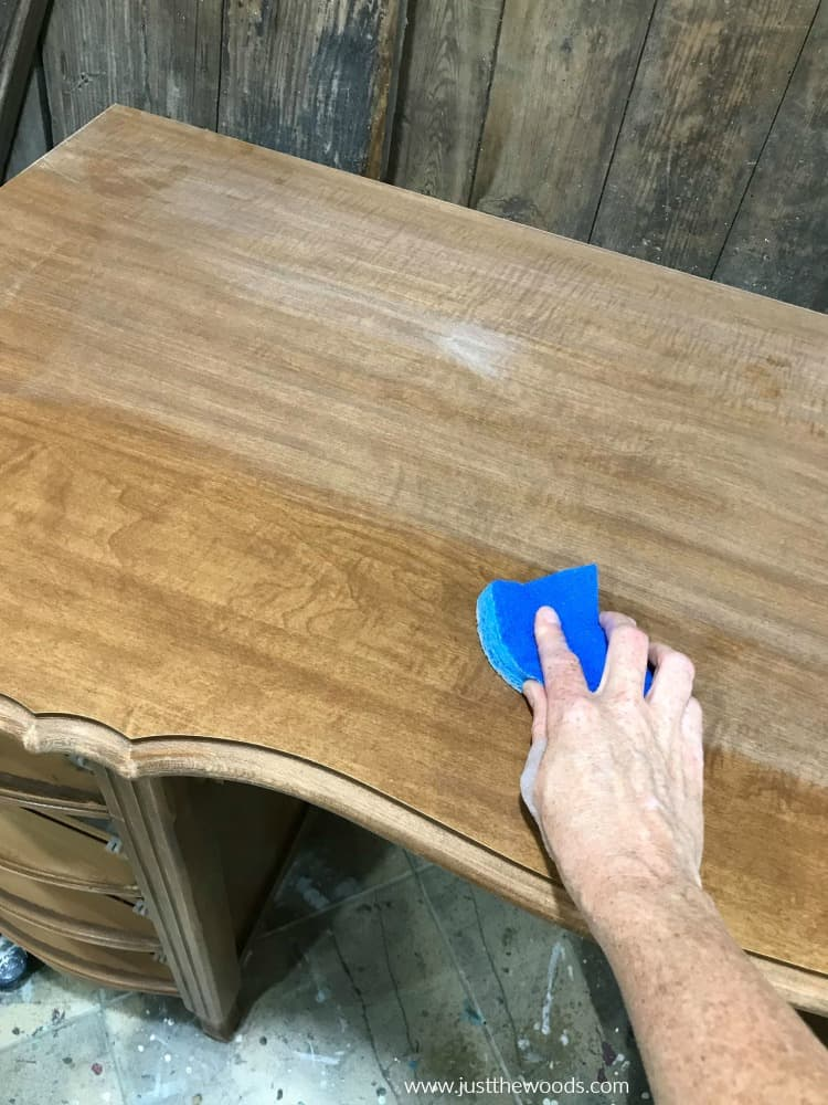 clean wood before furniture paint
