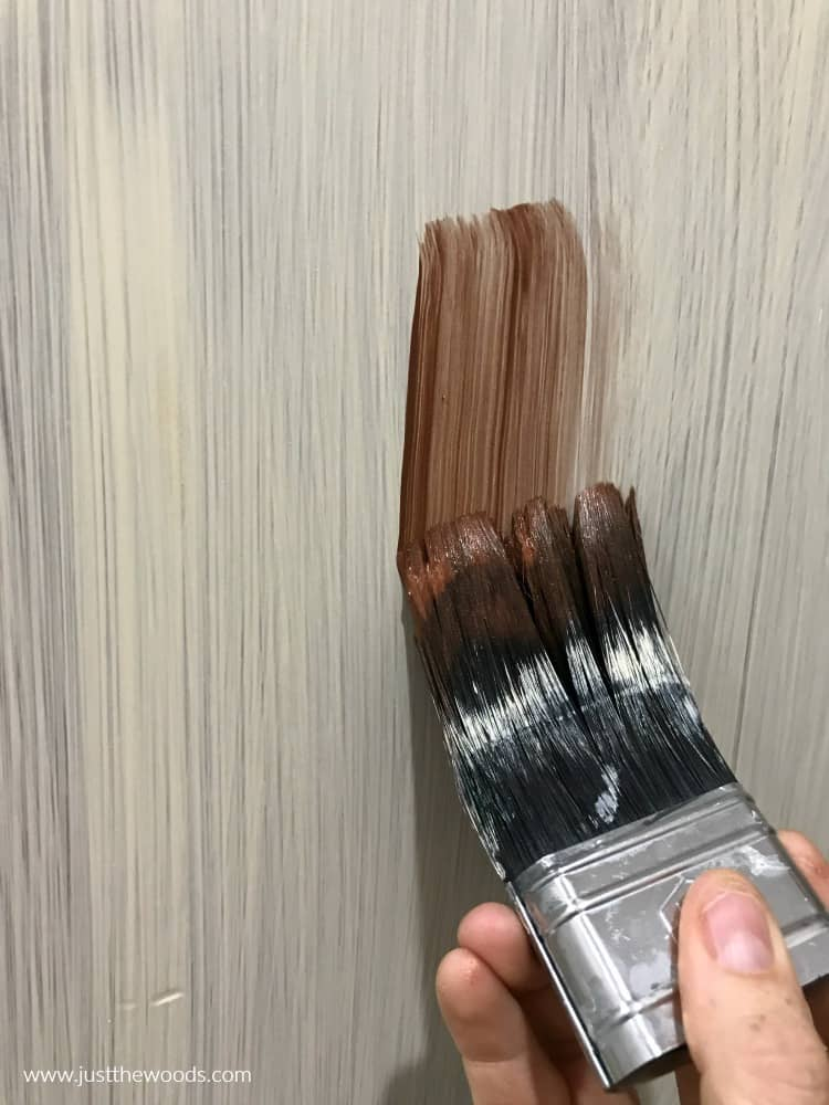 how to apply metallic paint