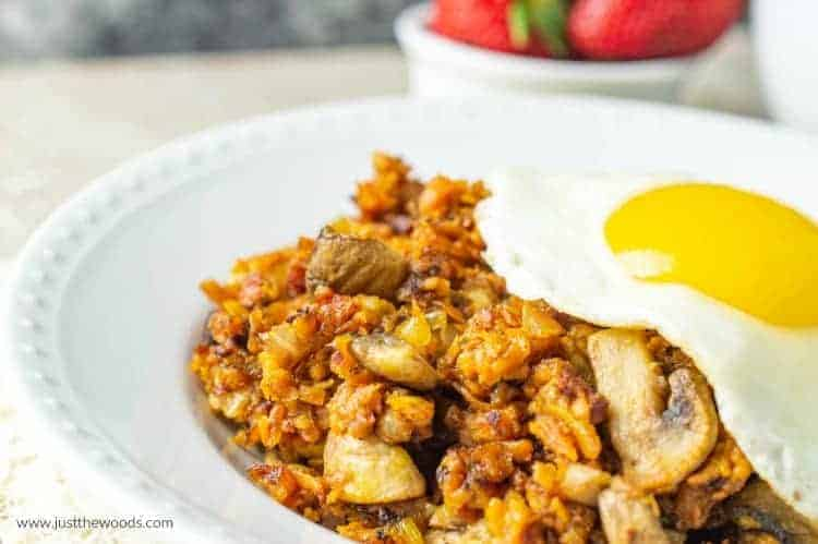 sweet potato breakfast hash with mushrooms paleo