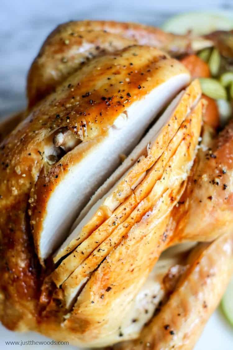 best roast turkey recipe, how to roast a turkey in the oven