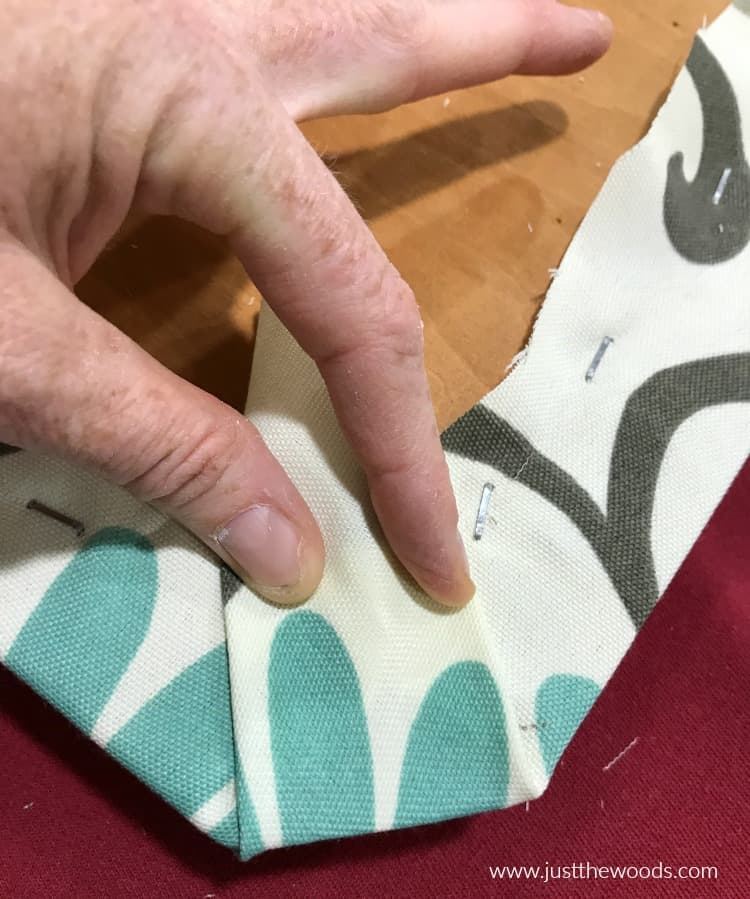 how to reupholster corners