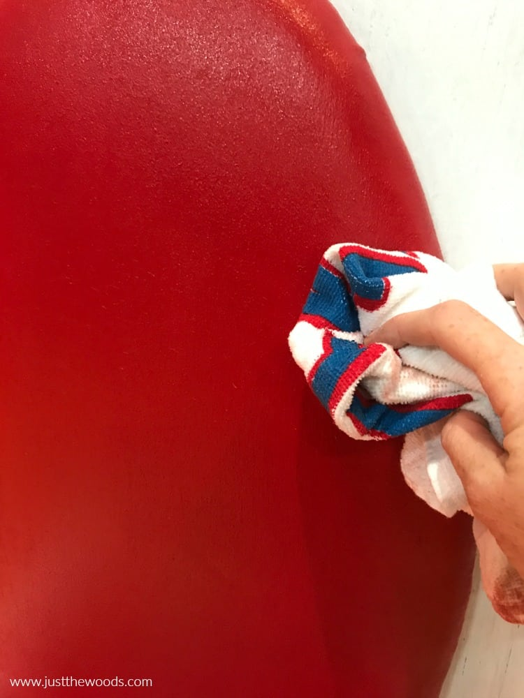 painting fabric chairs, wipe painted fabric with cloth