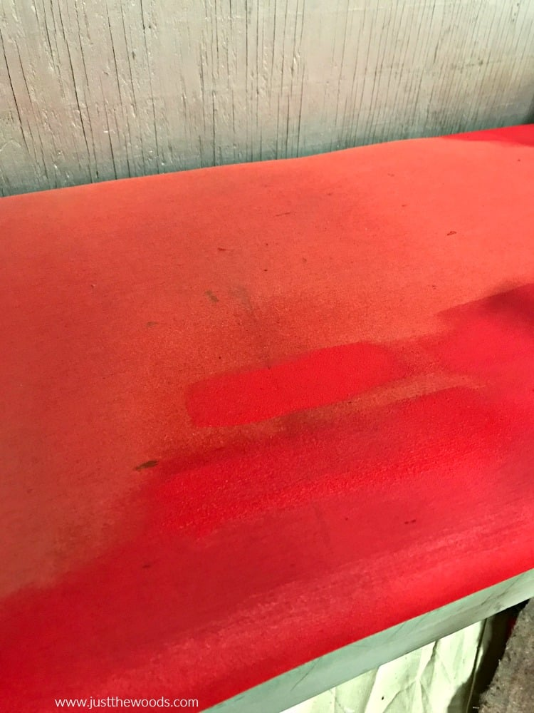 how to paint fabric, red paint on fabric chair, painting fabric chair seat