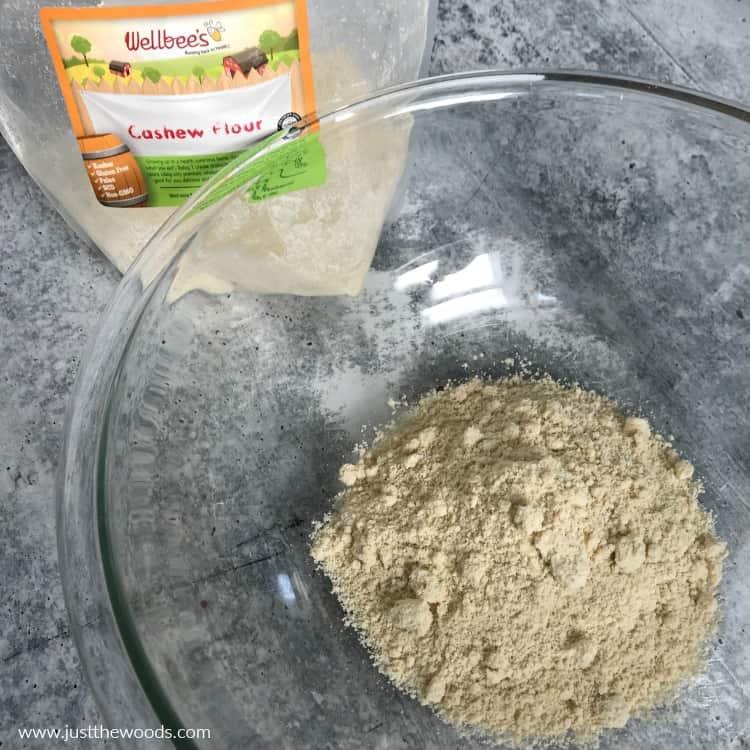 paleo chocolate chip muffins, cashew flour