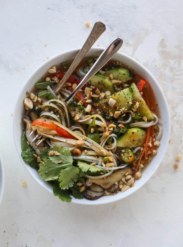 Noodle Bowls - Ginger Scallion Noodle Bowls Recipe